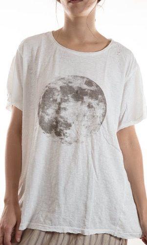 Moon T True